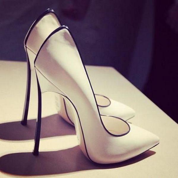 Класичні туфлі човники для самих чарівних дам 5a6d44a32778b