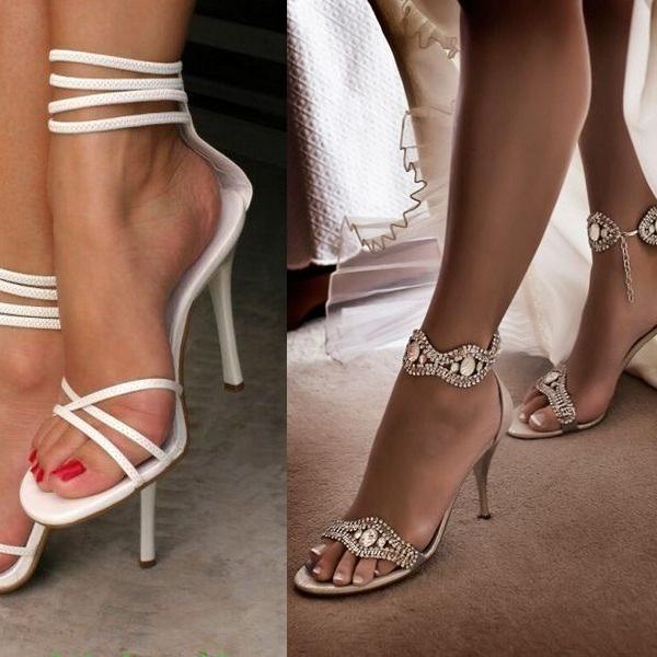 Жіночі босоніжки на шпильці  на фото модні чорні і білі моделі на ... 05ce730a28f6b