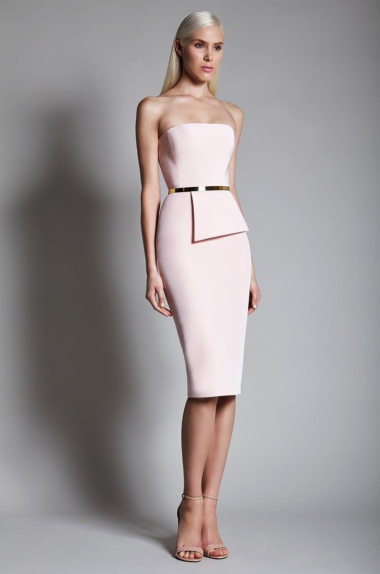 Плаття на випускний 2017  модні тенденції + фото 18fafd3ddf3ee