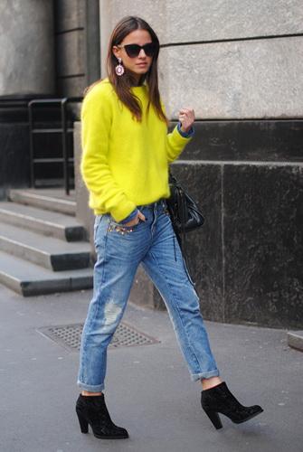 Модні жіночі джинси бойфренди-2017  фото стильних моделей c6a8879acb8bb