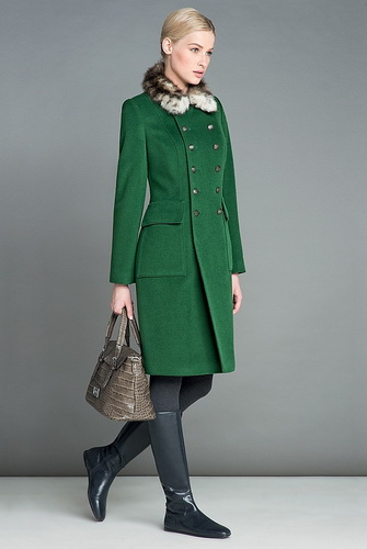 Зимові пальто зі штучного хутра  фото сучасних моделей afcc14d72a84f