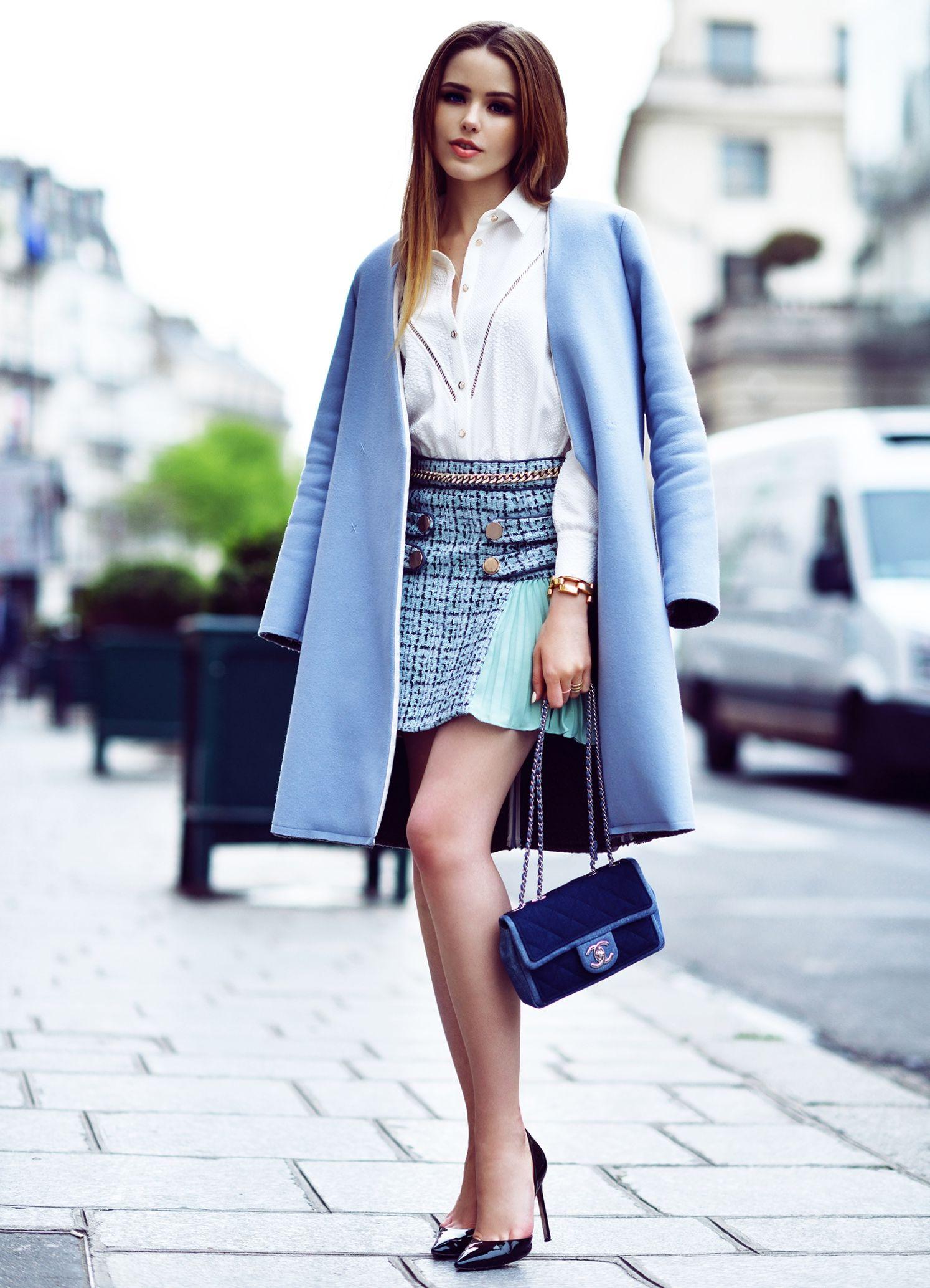 Модні пальто осінь-зима 2017-2018. Дівчина в пальто завжди виглядає  елегантніше і жіночніше 2cefcbb393a34