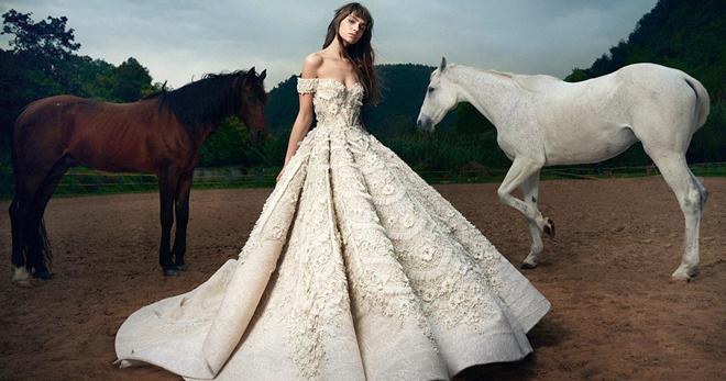 ace5422e649050 Найбільш стильні і модні весільні сукні – актуальні кольори і тенденції