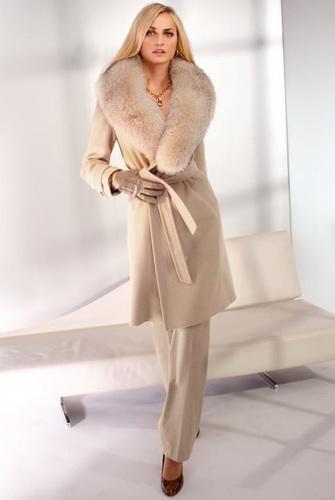 Зимове кашемірове пальто з хутряним коміром  як правильно вибрати dbabae4fd7380