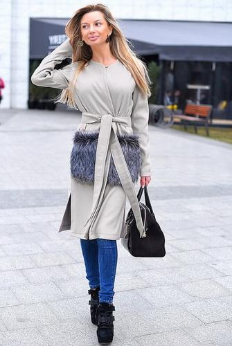 Кашемірові пальто для ділових жінок Кашемірові пальто для ділових жінок c48ca6b6a9202