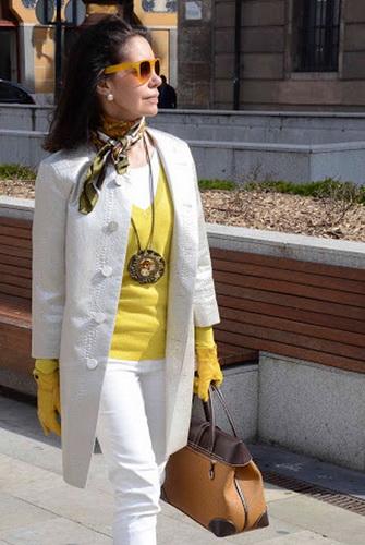 Базовий гардероб для жінки 50 років  фото 9fd6e2df6ac07