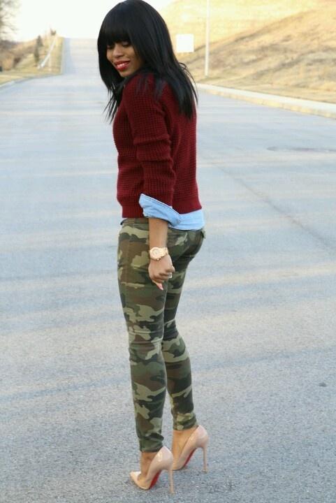 Дизайнерські камуфляжні штани – це хороша можливість для жінок a67e5f615a0a7