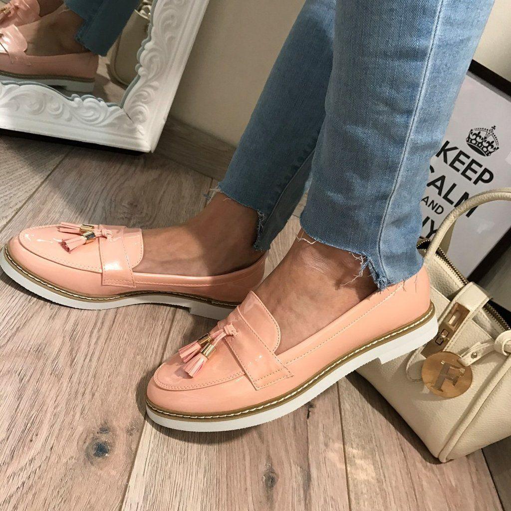 Модні жіночі туфлі 2018 року  тенденції та тренди на фото bb97ad9785a7d
