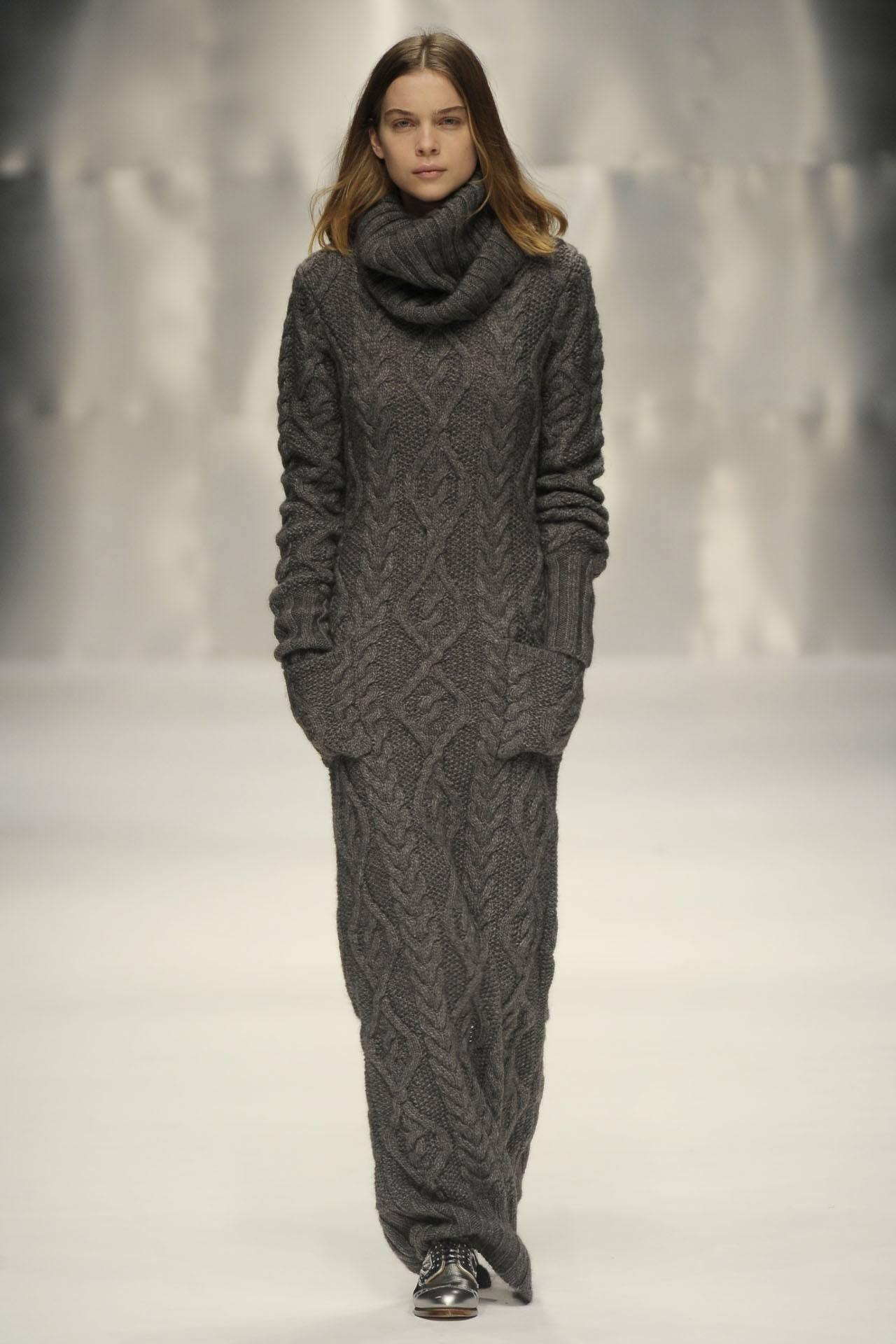 З чим носити в язане плаття  100 ідей і новинок. В язані сукні – популярний  тренд нинішнього сезону. Дизайнери запропонували безліч фасонів 3eca56c5277c4