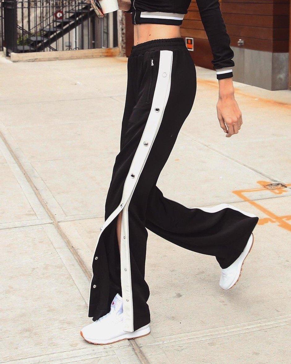 З чим носити брюки та штани з лампасами  100 варіантів 2018 з фото 6d1e7231e0c23