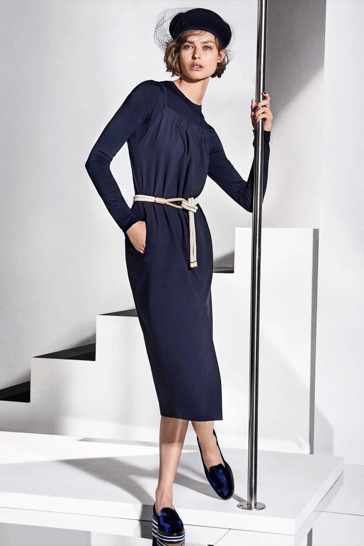 39aad23659e0be Плаття-футляр 2018: актуальні кольори і модні образи