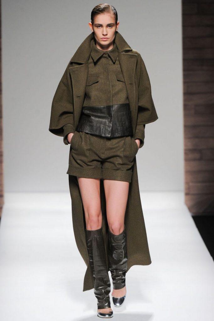 438d0832661c34 Він передбачає використання одягу військового стилю і відповідних до нього  аксесуарів. Що необхідно знати, щоб створити гармонійний образ в стилі  мілітарі?
