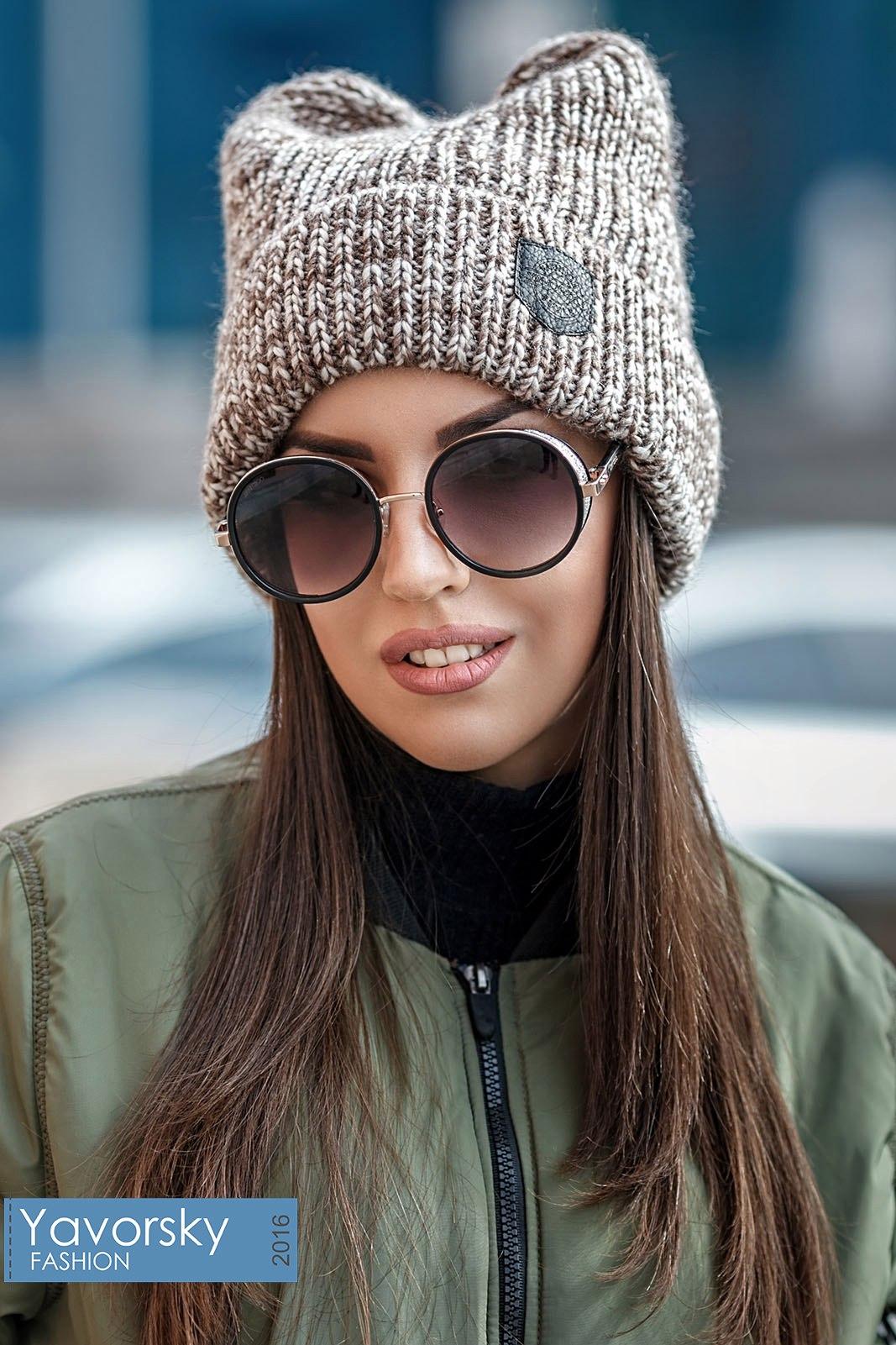Жіночі шапки  100+ новинок і трендів сезону Осінь-Зима 2019 0b03ea64cd0bd